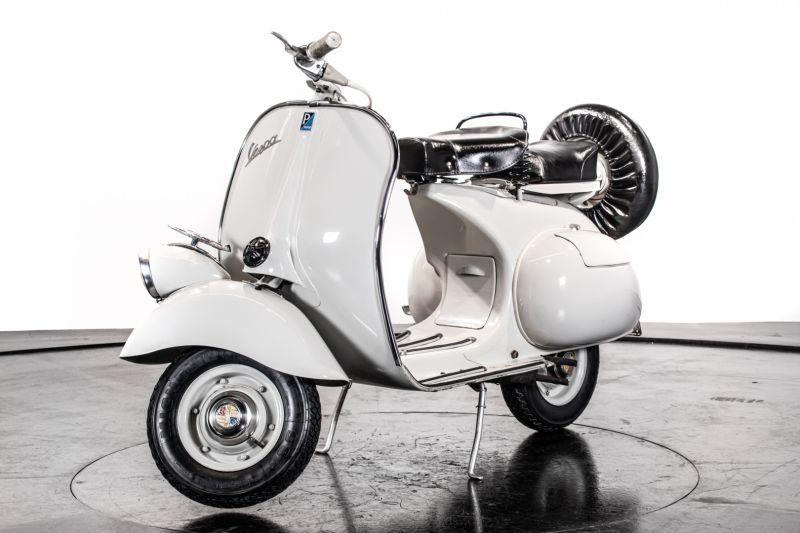 1957 Piaggio Vespa 125 Faro Basso '57 68775