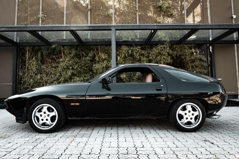 1985 Porsche 928 S 77474