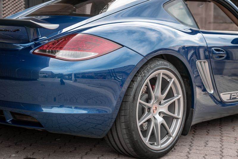 2012 Porsche Cayman R 77940