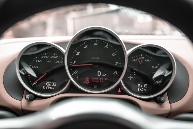 2012 Porsche Cayman R 77974