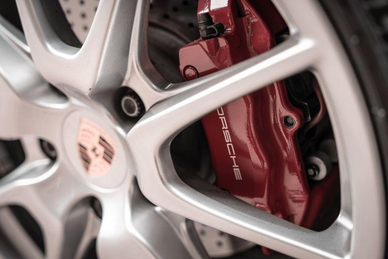 2012 Porsche Cayman R 77954
