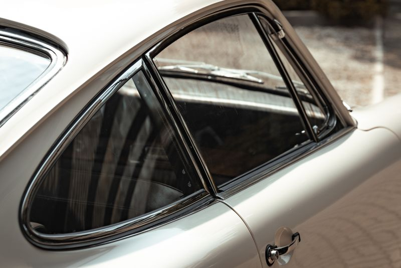 "1966 Porsche 911 2.0 L - S.W.B. ""Serie 0"" 75322"