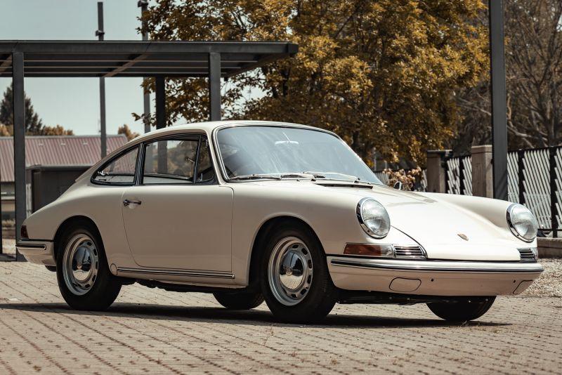 "1966 Porsche 911 2.0 L - S.W.B. ""Serie 0"" 75314"