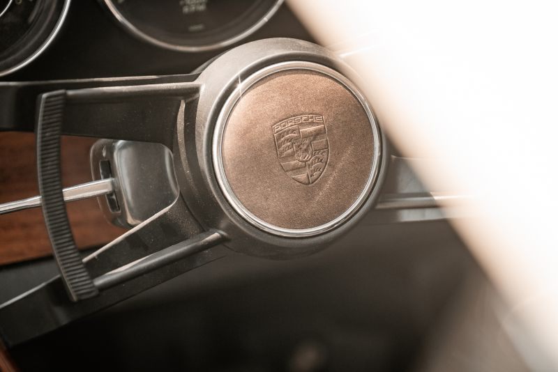 "1966 Porsche 911 2.0 L - S.W.B. ""Serie 0"" 75336"