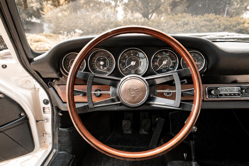 "1966 Porsche 911 2.0 L - S.W.B. ""Serie 0"" 75342"
