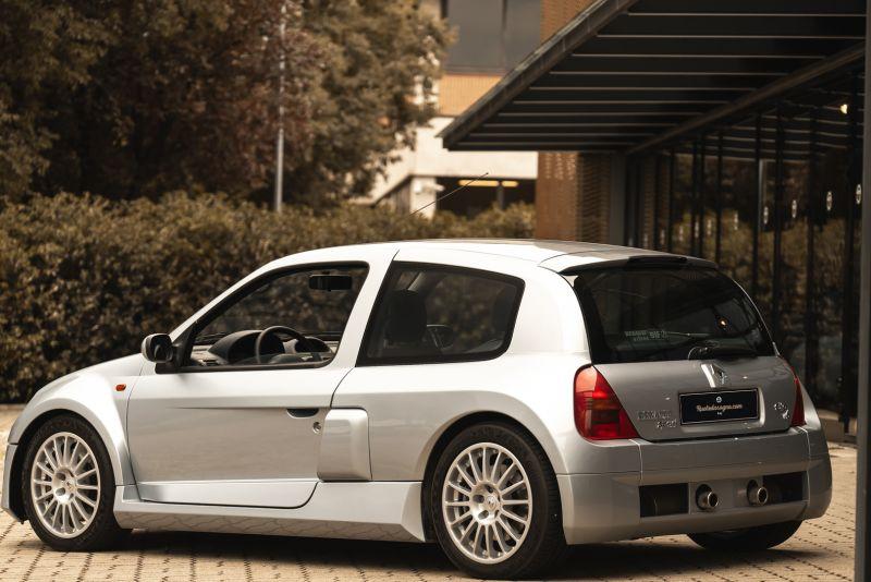 2002 Renault Clio 3.0 V6 Renault Sport Phase1 84916