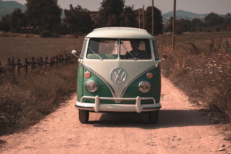 """1964 Volkswagen T1 """"21 windows"""" 64152"""