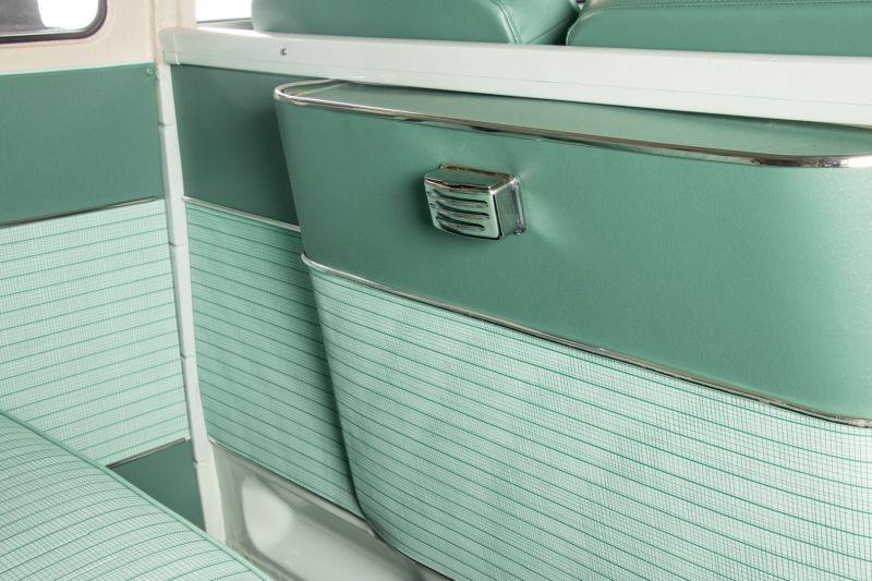 """1964 Volkswagen T1 """"21 windows"""" 64185"""