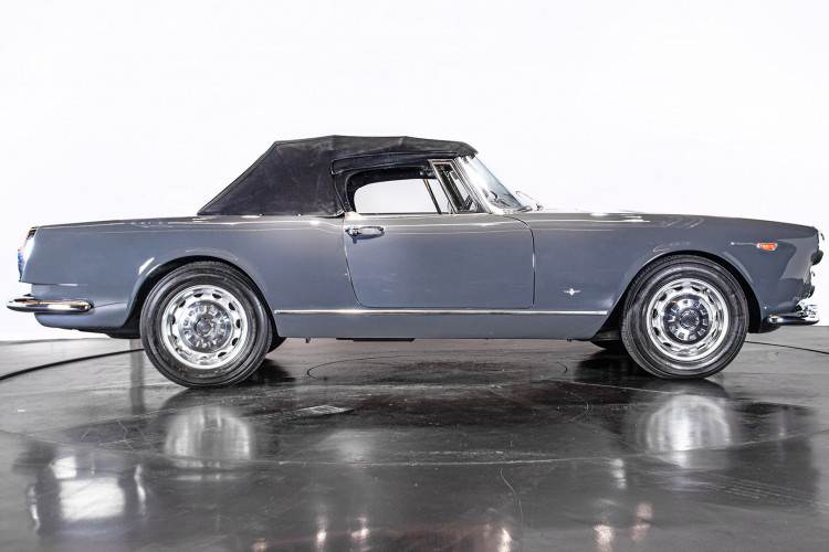 1966 ALFA ROMEO 2600 SPIDER TOURING 12