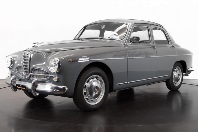 1956 Alfa Romeo 1900 Super 0