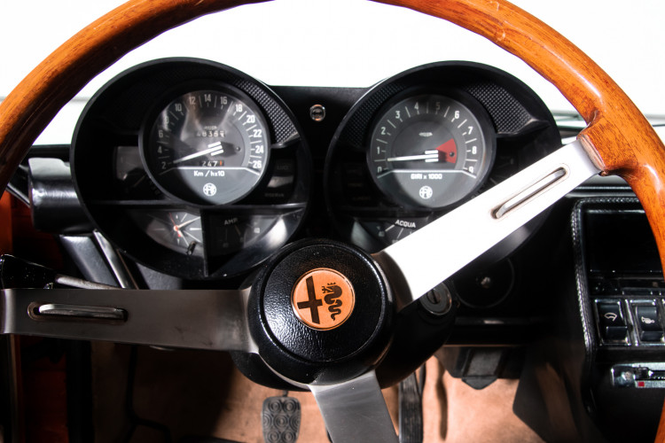 1972 Alfa Romeo Montreal 13