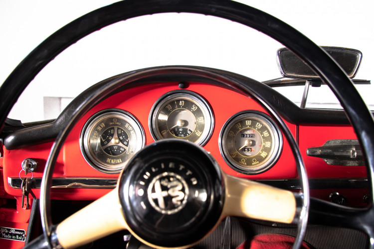 1962 Alfa Romeo Giulietta Spider 31