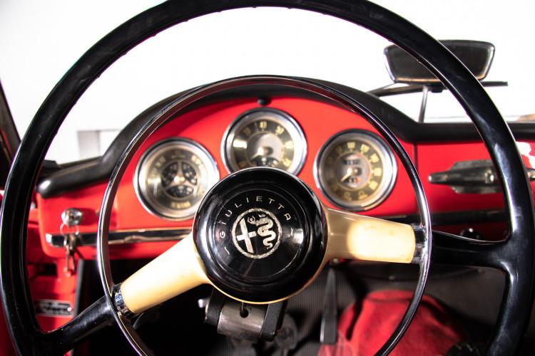 1962 Alfa Romeo Giulietta Spider 30