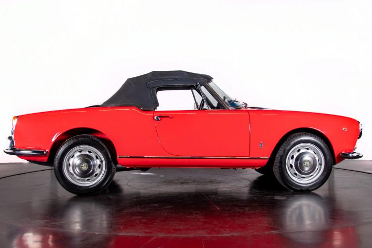 1962 Alfa Romeo Giulietta Spider 6