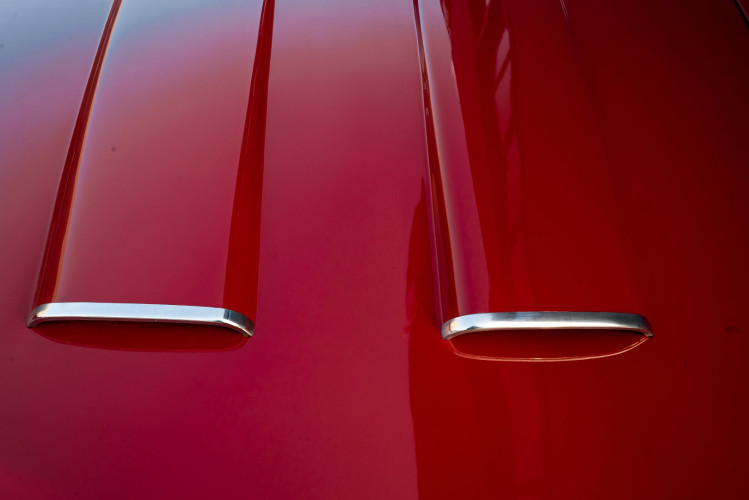 1961 Alfa Romeo 2000 Spider Touring 9