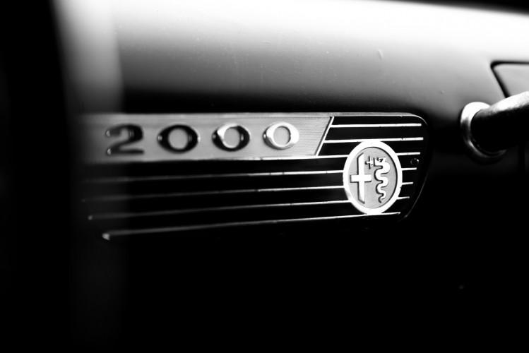 1961 Alfa Romeo 2000 Spider Touring 17