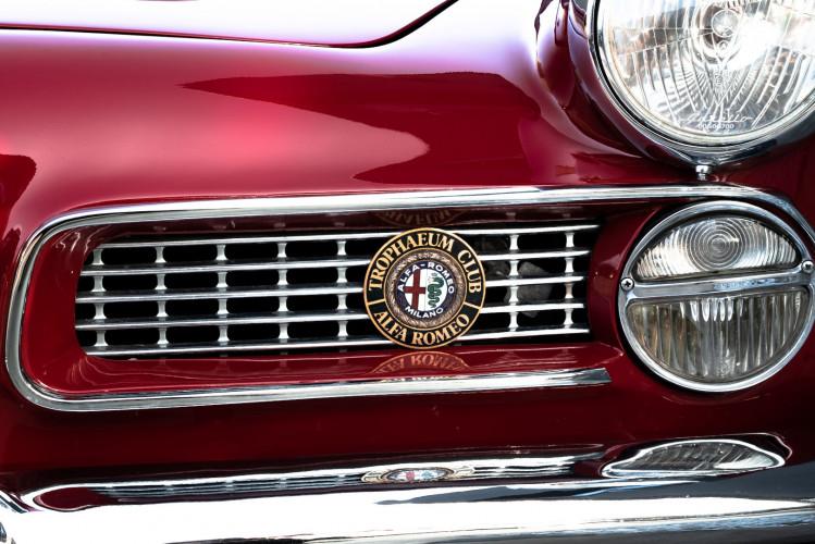 1961 Alfa Romeo 2000 Spider Touring 3
