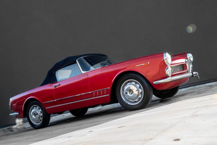 1961 Alfa Romeo 2000 Spider Touring 1