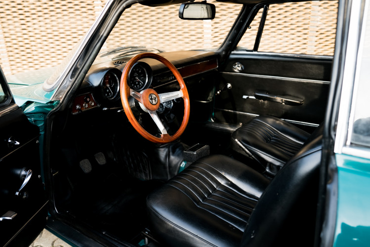 1970 Alfa Romeo GT 1300 Junior 17