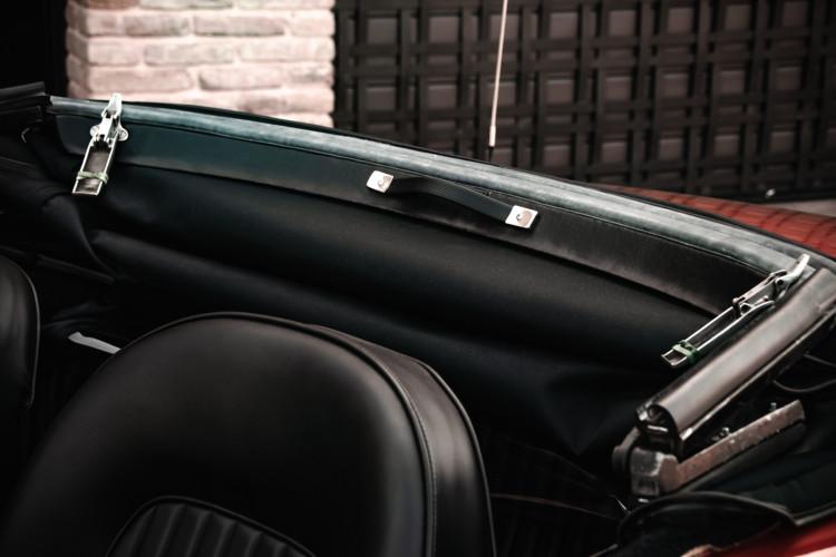 """1970 Alfa Romeo Duetto 1750 """"osso di seppia"""" 30"""