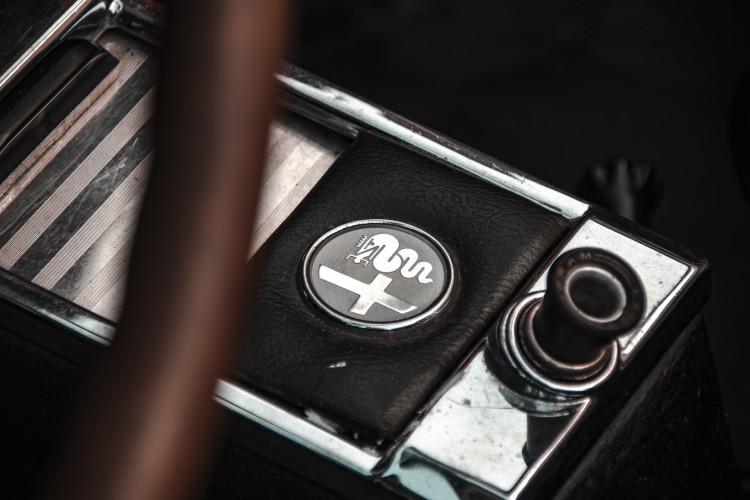 """1970 Alfa Romeo Duetto 1750 """"osso di seppia"""" 26"""