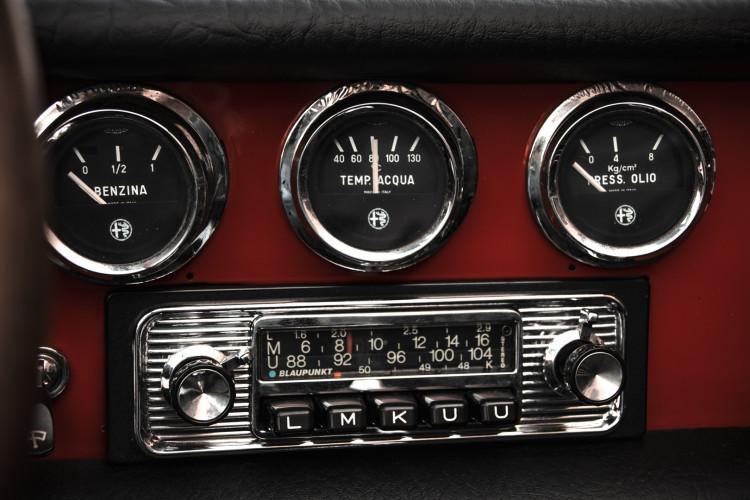 """1970 Alfa Romeo Duetto 1750 """"osso di seppia"""" 23"""