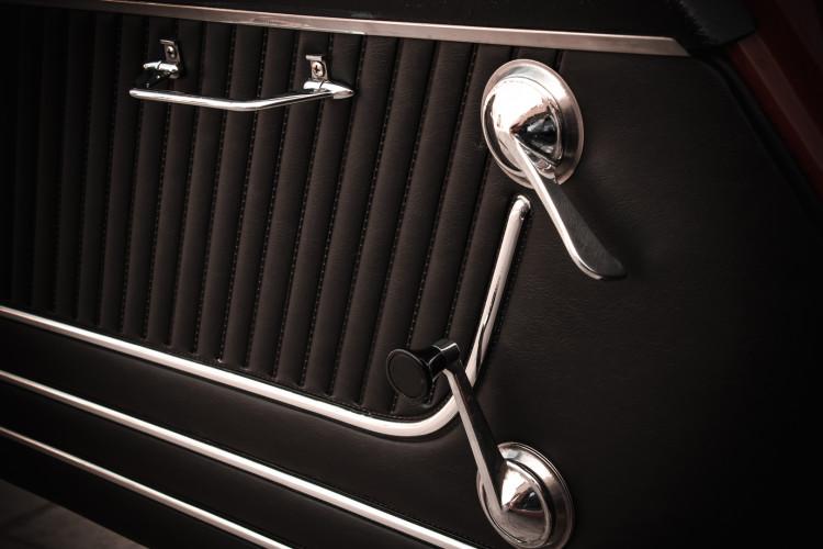"""1970 Alfa Romeo Duetto 1750 """"osso di seppia"""" 16"""