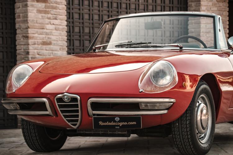 """1970 Alfa Romeo Duetto 1750 """"osso di seppia"""" 11"""