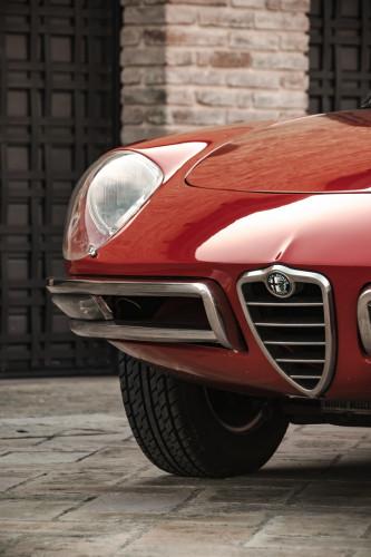 """1970 Alfa Romeo Duetto 1750 """"osso di seppia"""" 12"""