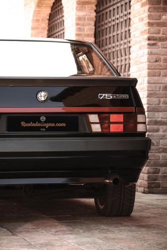1988 Alfa Romeo 75 Turbo America 11