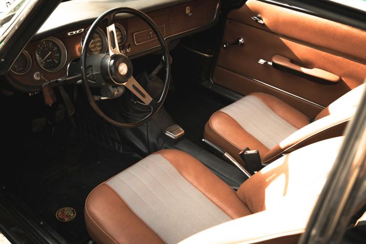 1969 Alfa Romeo GT 1300 Junior Scalino 23