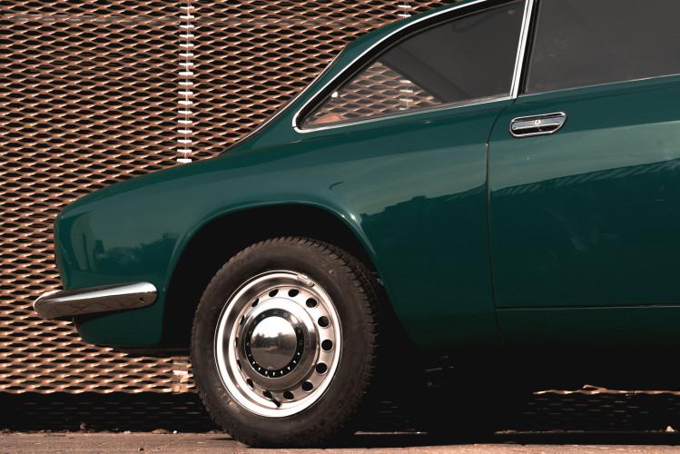 1969 Alfa Romeo GT 1300 Junior Scalino 10