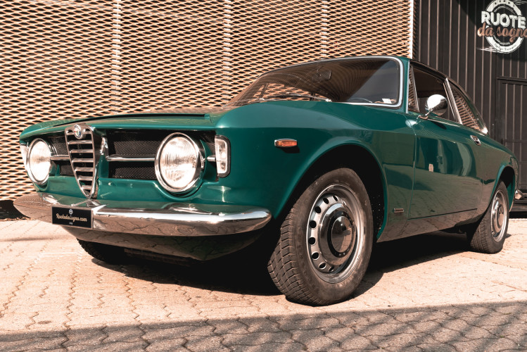 1969 Alfa Romeo GT 1300 Junior Scalino 2