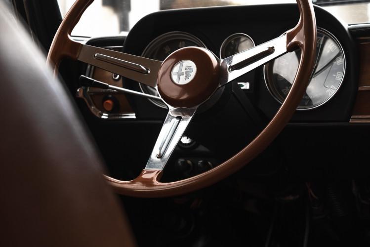 1973 Alfa Romeo Giulia Super 1.6 11