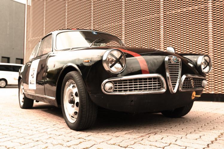 1962 Alfa Romeo Giulietta Sprint 1300 Race Car 0