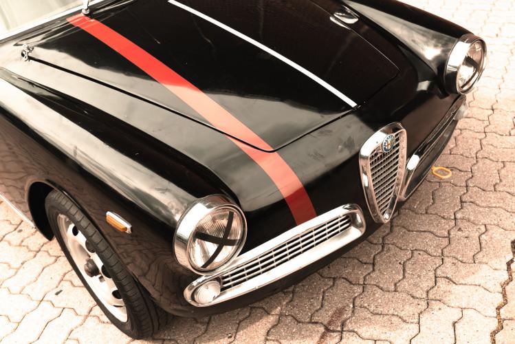 1962 Alfa Romeo Giulietta Sprint 1300 Race Car 13
