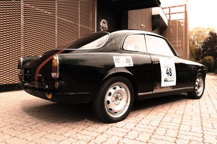 1962 Alfa Romeo Giulietta Sprint 1300 Race Car 6