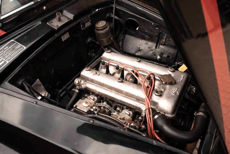 1962 Alfa Romeo Giulietta Sprint 1300 Race Car 34