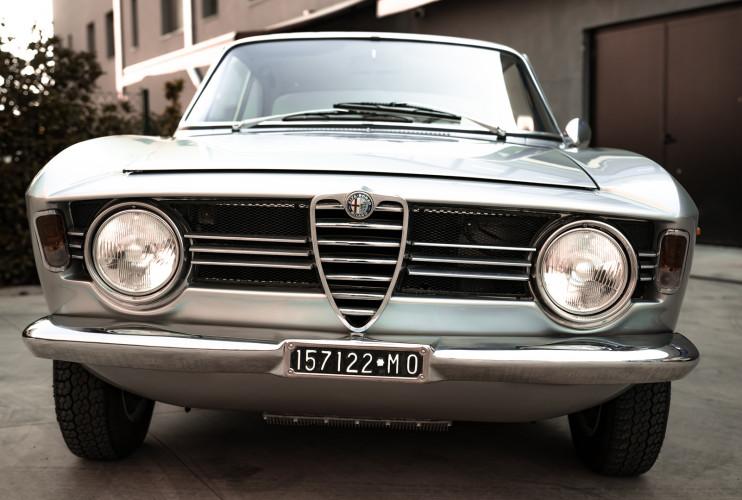 1967 Alfa Romeo Giulia Sprint GT 1600 6
