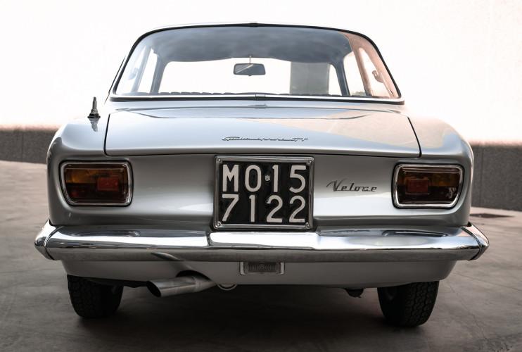 1967 Alfa Romeo Giulia Sprint GT 1600 12