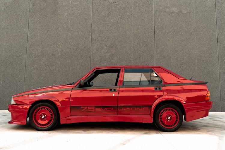 1987 Alfa Romeo 75 Turbo Evoluzione 1