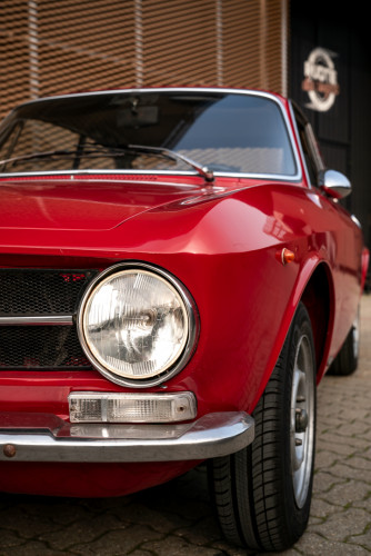 1973 Alfa Romeo GT 1300 Junior 12