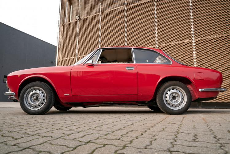1973 Alfa Romeo GT 1300 Junior 14