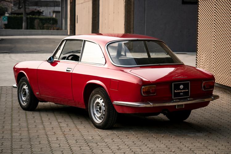 1973 Alfa Romeo GT 1300 Junior 16
