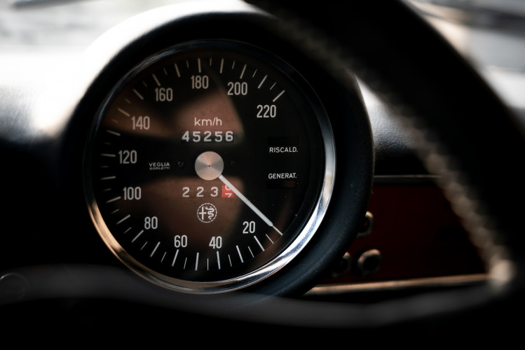 1973 Alfa Romeo GT 1300 Junior 31