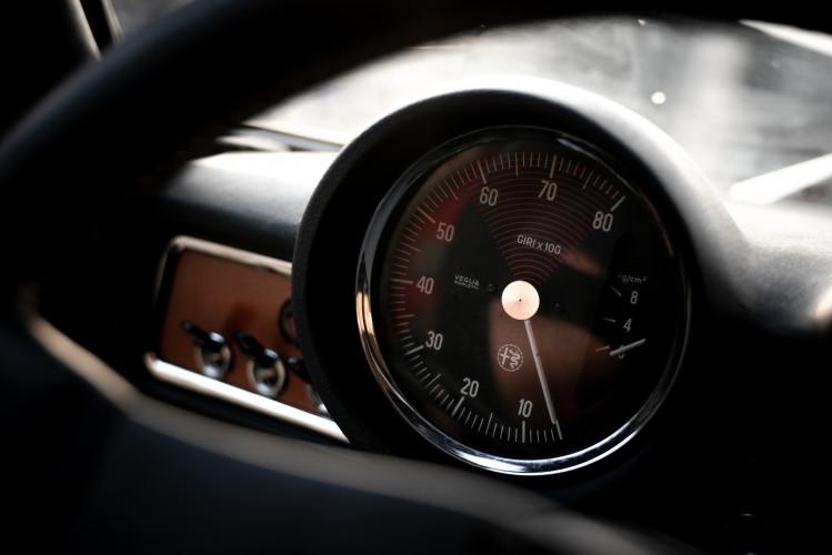 1973 Alfa Romeo GT 1300 Junior 30