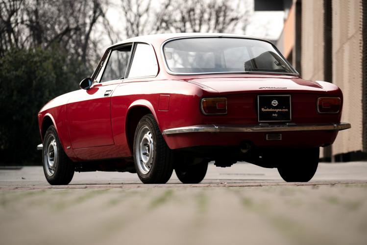 1973 Alfa Romeo GT 1300 Junior 19