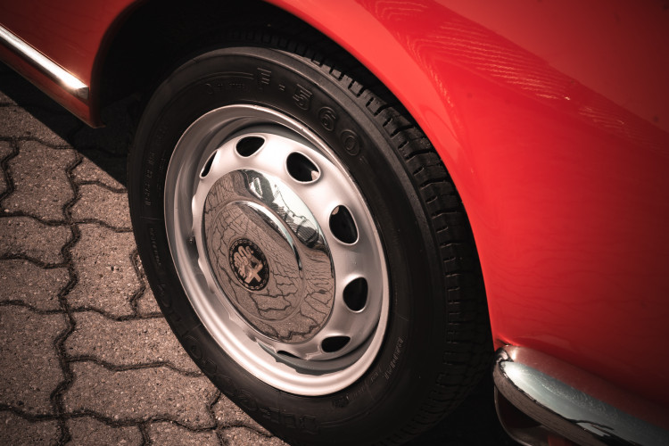 1963 Alfa Romeo Giulia Spider  13