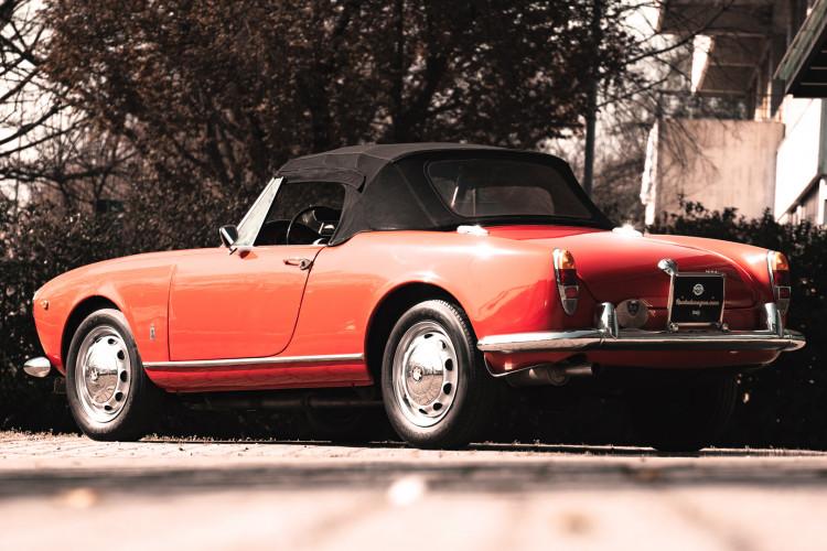 1963 Alfa Romeo Giulia Spider  7