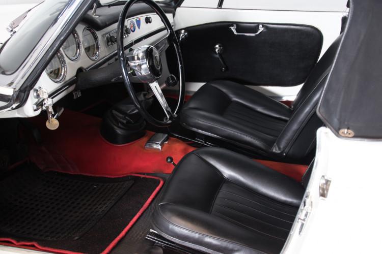 1962 Alfa Romeo Giulia spider 1600 17